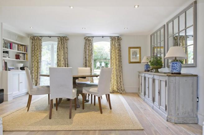 Dining area leading