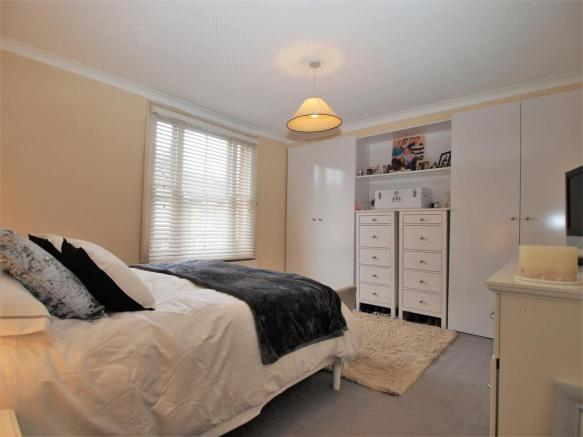 Bedroom1.01.jpg