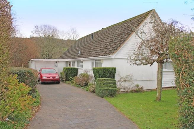 3 bedroom detached bungalow for sale in Livonia Road