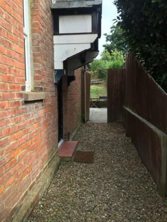 outside side access.JPG