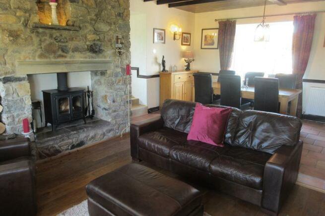 Lounge to dini...