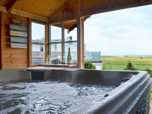 hot tub outlook