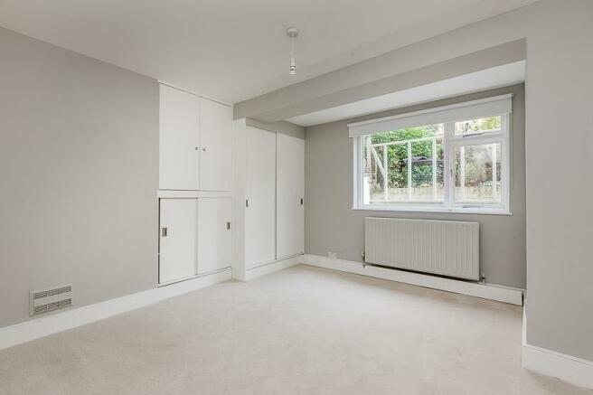 Lisgar Terrace 9A LOW-4.jpg