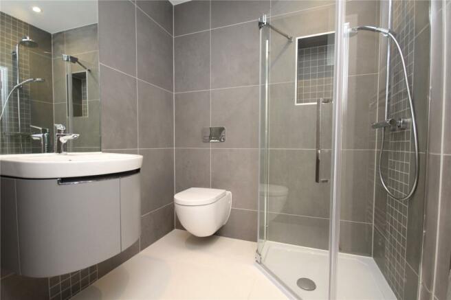 Shower/Cloak Room