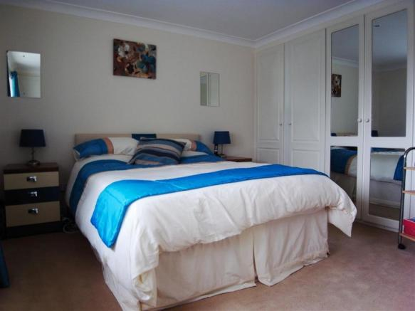 Bed 1A.JPG