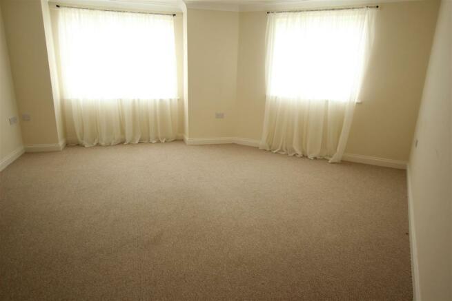 L room.JPG