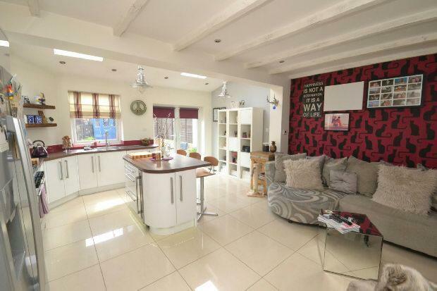 Kitchen-Diner/Family