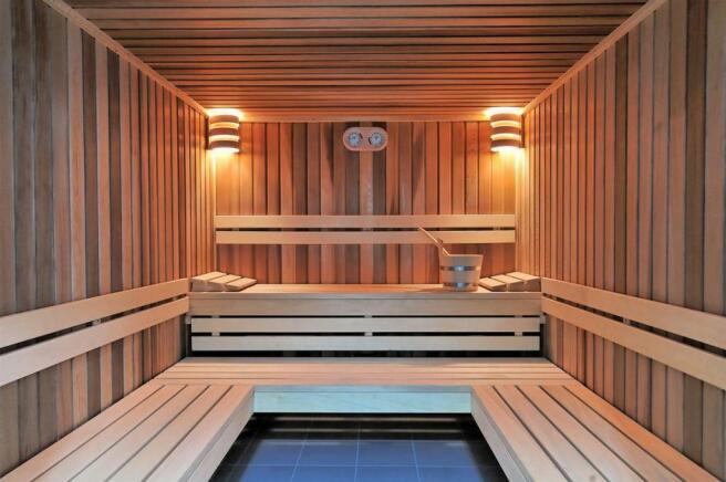 Sauna & Steamroo