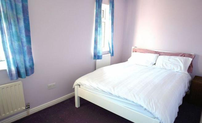 4 double rooms
