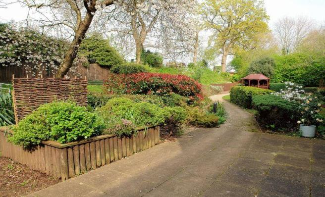 Gardens and ga...