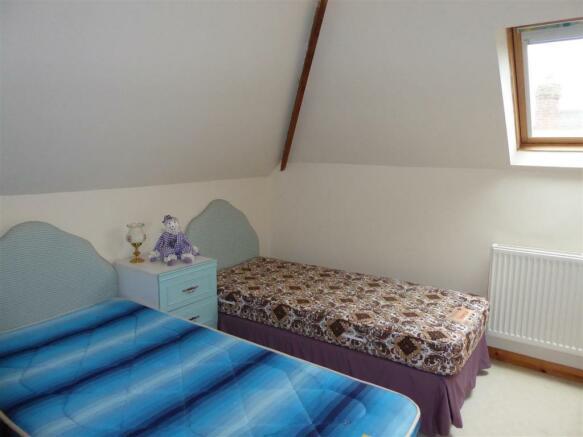 ATTIC ROOM/OCCASIONAL BEDROOM