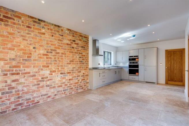KitchenV1.jpg
