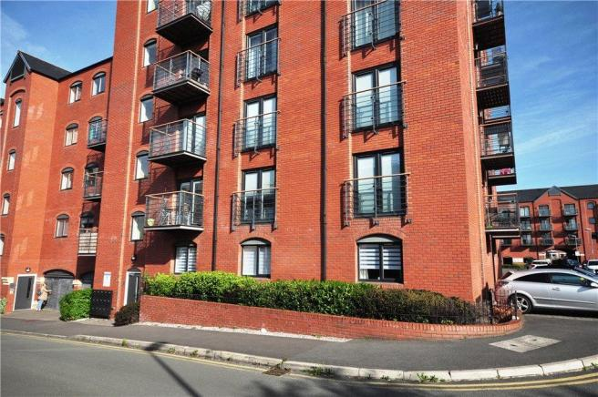 2 bedroom apartment for sale in Wharf View, Chester ...