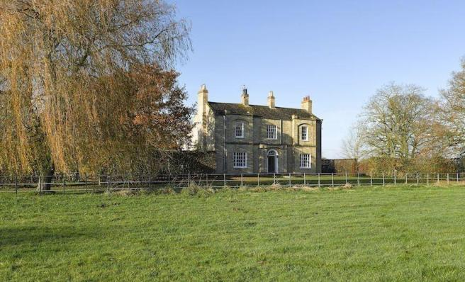 Rossmoor Lodge