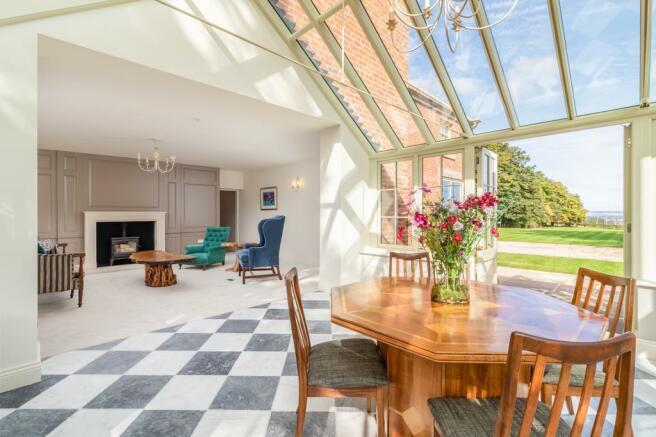 Sitting room & conservatory