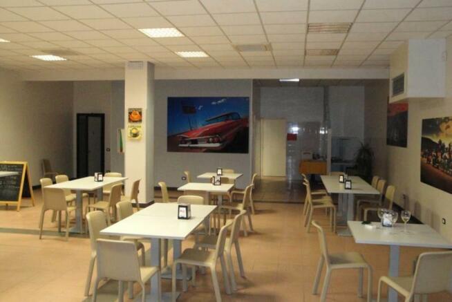 Bar/Restaurant rooms