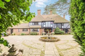 Photo of Webb Estate, Purley, Surrey