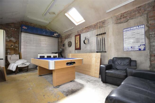 Garage/ storage