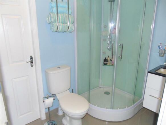 Downstairs Shower.JPG