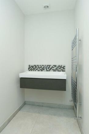 En-Suite 2