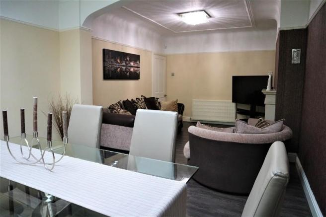 Rear Lounge / Dining Room