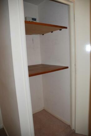 5 Storage cupboards