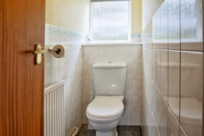 Cloakroom/WC