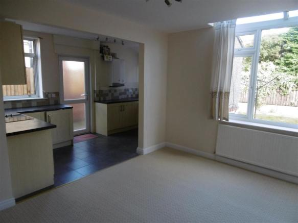 ADDITIONAL PHOTO DINING ROOM/KITCHEN/ LIVING AREA