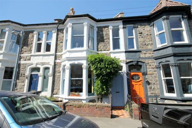 3 bedroom terraced house for sale in Camelford Road