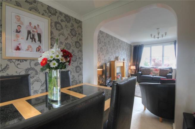 Dining Room Pic 2