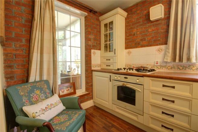 Kitchen Pic 4
