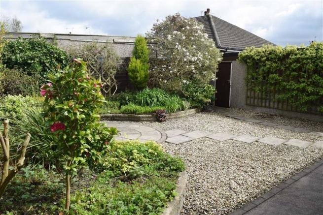 2nd view of rear garden