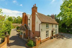 Photo of High Street, Hinxton, Cambridgeshire, CB10