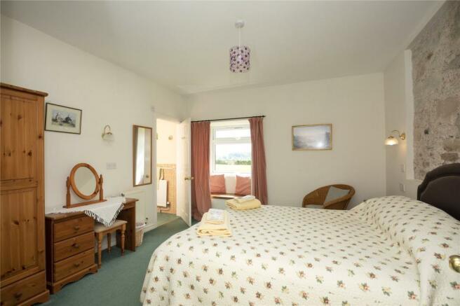 The Lodge- Bedroom