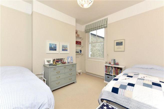 4 bedroom terraced house for sale in Acris Street ...