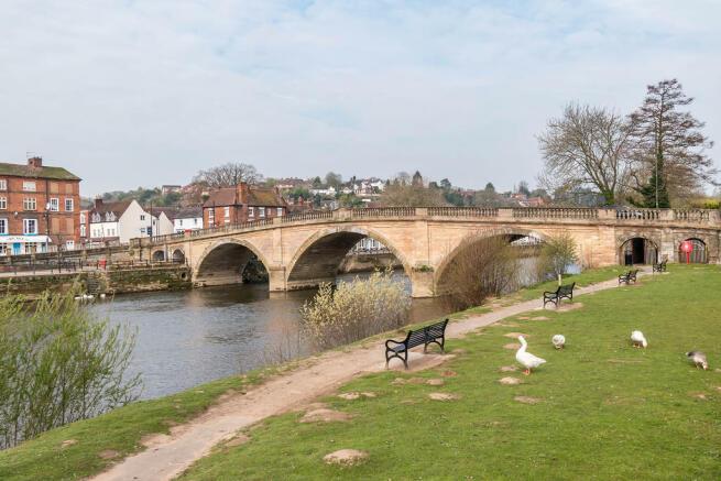 River Severn, Bew...