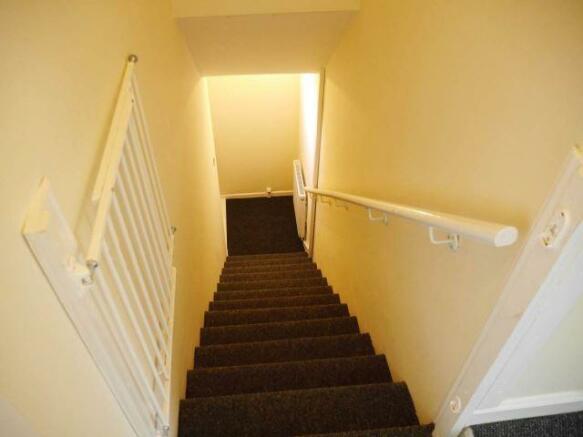 Hall/Stairs/Landing