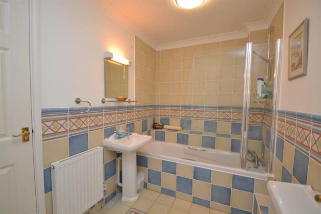 EN-SUITE BATHROOM/WC (THREE)