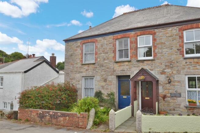1 Victoria Cottages property.jpg