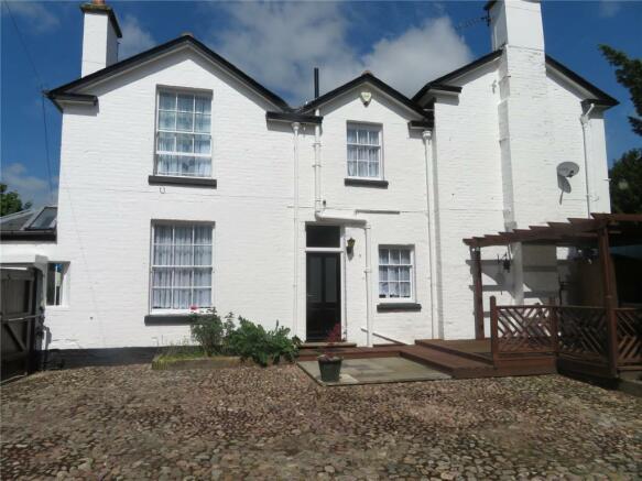 Cottage Chetwynd End