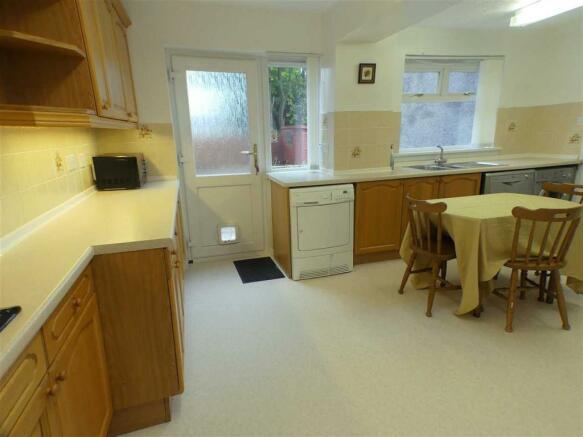 Kitchen Dining (1)