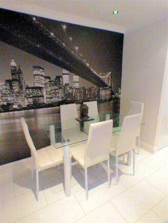 Lounge Dining (4)