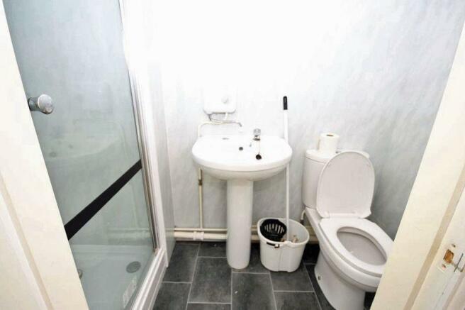 Flat 5 shower ...