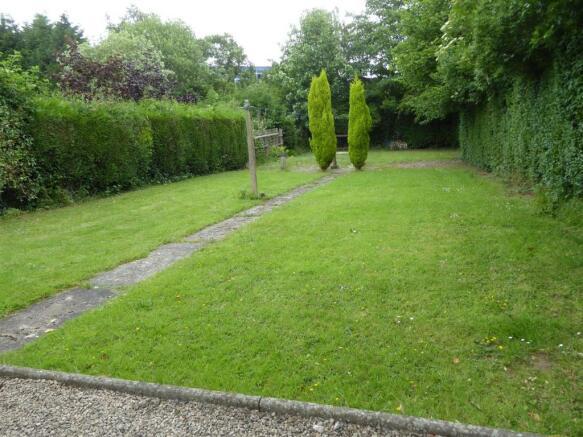 Generous rear garden.JPG