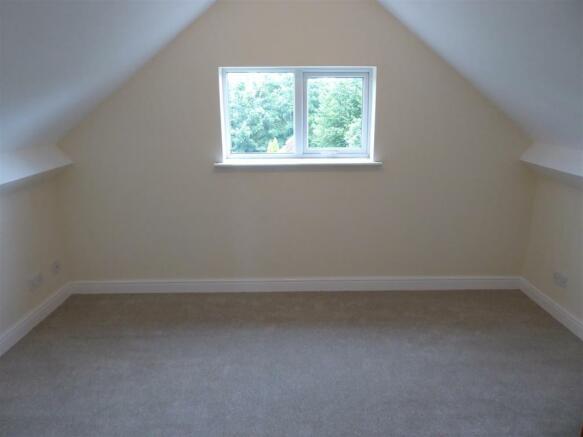 Rear dormer style first flr Bedroom.JPG