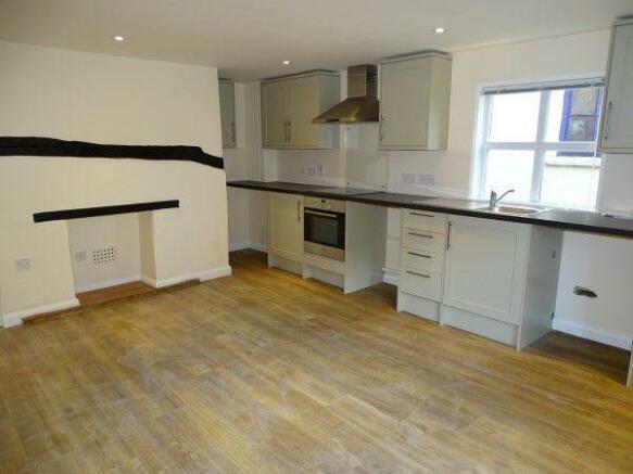 2A Lounge/Kitchen