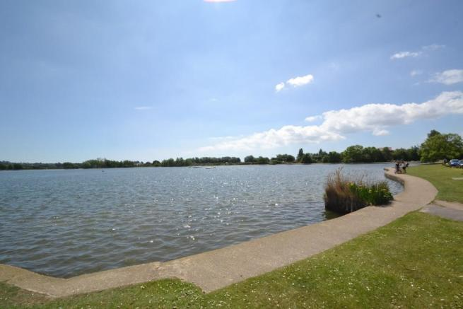 Poole Park lake