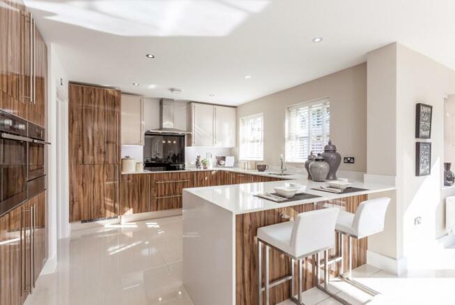 Kitchen 2 (v2).jpg
