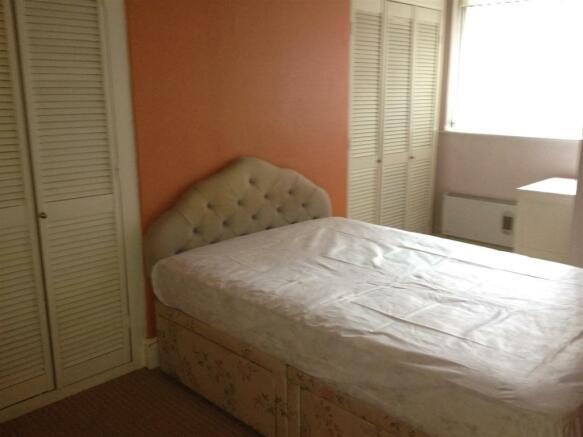 Flat A Bedroom.JPG