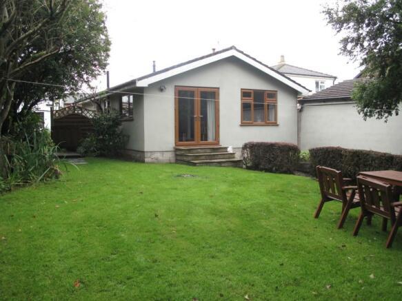 Garden Cott Front